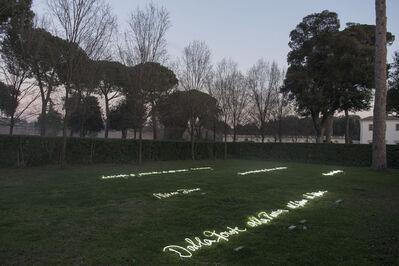 Rosa Barba, 'Risposta Perpetua al Suono e alla Luce, Museo Bianco, La vista ci permette di apprezzare la distanza, Dalla Fonte alla Poesia al Ritmo al Lettore', 2017