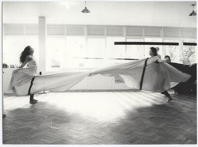 Martha Araújo, 'Photographic documentation of the performance Hábito/Habitante', 1985