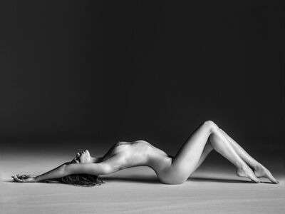 Marloes Reclined