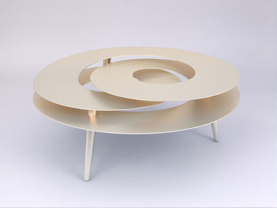 Rollercoaster Medium Table