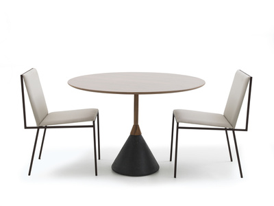 Carretel dining table