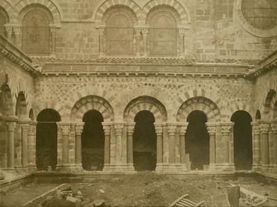 Vue d'Ensemble du Cloitre, Cathedrale Notre-Dame, Le Puy (Haute-Loire)