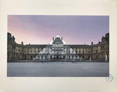 JR, 'Anamorphose de la pyramide du Louvre, 12 juin 2016, 5h55'