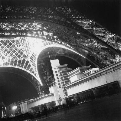 Willy Maywald, 'Weltausstellung in Paris, Eiffelturm und Pressepavillon', 1937