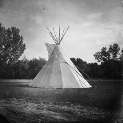 Daniella Zalcman, 'A tipi stands outside the George Gordon First Nation band office.', 2015-2016