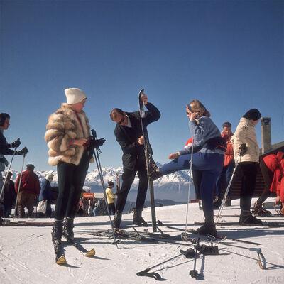 Slim Aarons, 'Skiers at Verbier', 1964