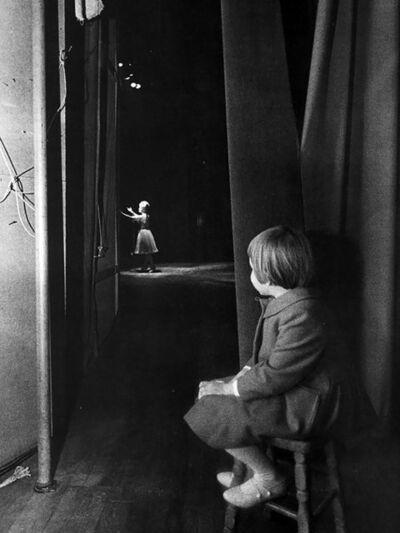 Lawrence Schiller, 'Carrie Fisher watching Debbie Reynolds', 1963