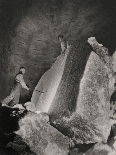 Harold Haliday Costain, 'Drilling a 60-ton Rocksalt Block, Avery Island, Lousiana', 1934