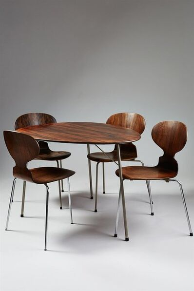Arne Jacobsen, 'Dining table and four chairs', 1965