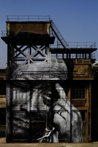 JR, 'The Wrinkles of the City, Action in Shanghai, Rony Zhuang, Chine', 2010