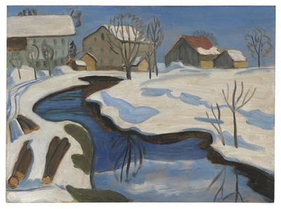 Moorbach mit Häusern im Schnee