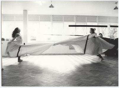 Photographic documentation of the performance Hábito/Habitante