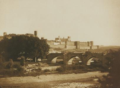 Vue générale des remparts de Carcassonne, prise de l'ouest