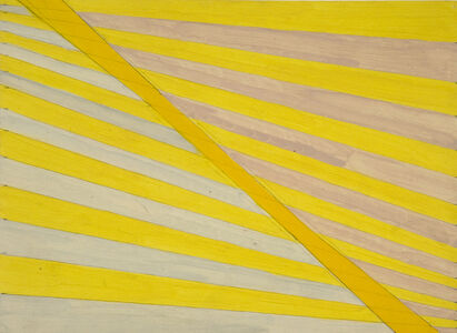Yellow tapering stripes