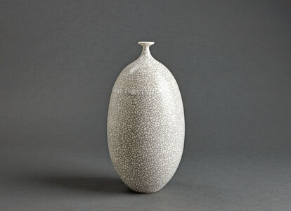 Vase, white crackle glaze