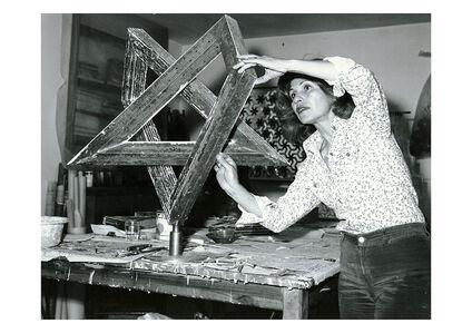 Monir Shahroudy Farmanfarmaian in her studio working on Heptagon Star, Tehran, 1975