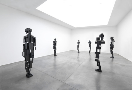 Antony Gormley — LIVING ROOM