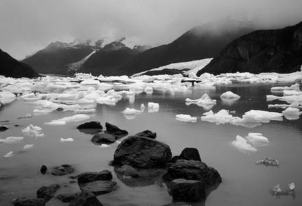Lago Onelly, Parque Nacional Los Glaciares, Argentina Serie Estaciones