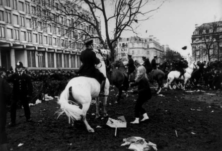 Tariq Ali and Vanessa Redgrave on an anti-Vietnam War march