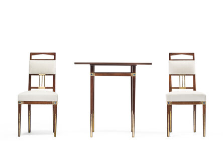 'Saint Saëns' Side table and a pair of chairs