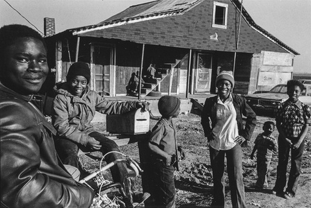 Tang's Children with Bike