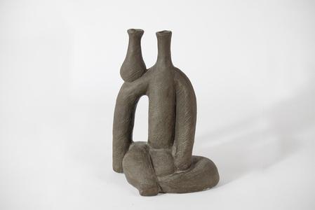 """""""Donna Con Vaso"""" ceramic sculpture/vessel"""