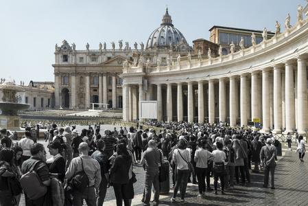 Vaticano 8