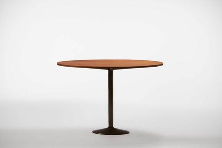 Small table with an oval top