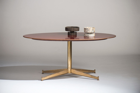 Dining table with oval top, T 2