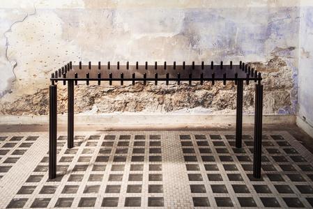 Pyrée Table