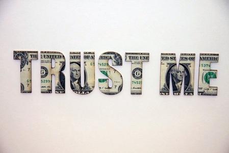 Trust Me (Dollar bills)