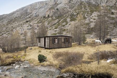 6x9 Demountable House