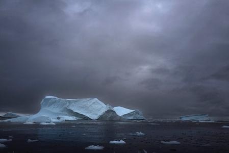 Antarctica, S. Pole, 2