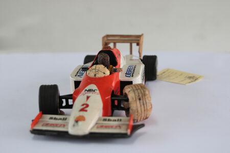 La Necesidad de Jugar (F1 Car)
