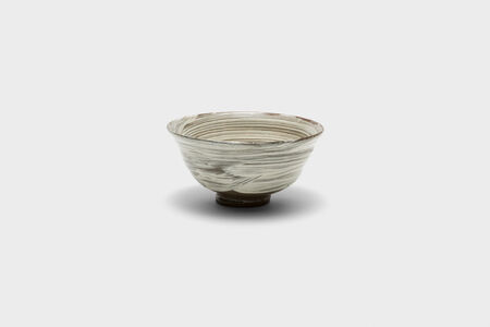 Iron-painted and white slip-brushed buncheong tea bowl