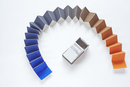 Minimum distances gama (Orange-Ultramarine), from the series Collection of Colours