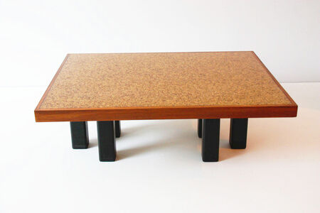 Coffee table with pepper beans