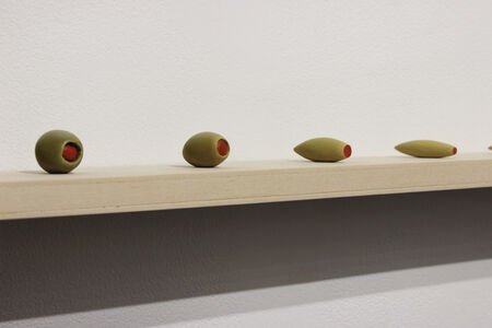 Meeting Point: Olive/Toothbrush 1