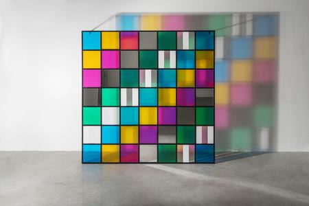 Colore, luce, proiezione, ombra, trasparenza, lavoro situato n°1