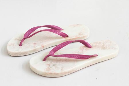 Uma pedra o sapato [A rock in my shoes]