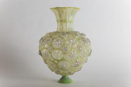 Shari Mendelson, Yellow-green heart shaped vessel, USA, 2016