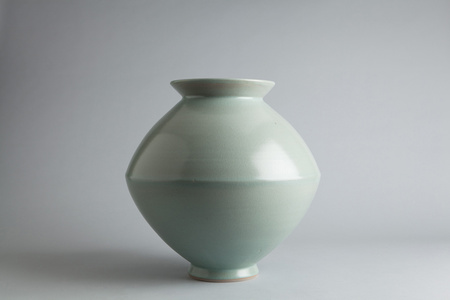 Spindle vase, wollastonite and feldspar glaze