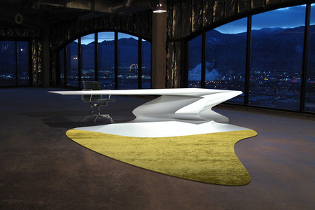 Liquid Desk with Shadow Carpet