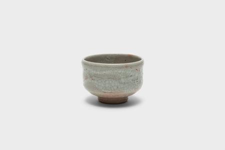 Old white porcelain tube-shaped tea bowl