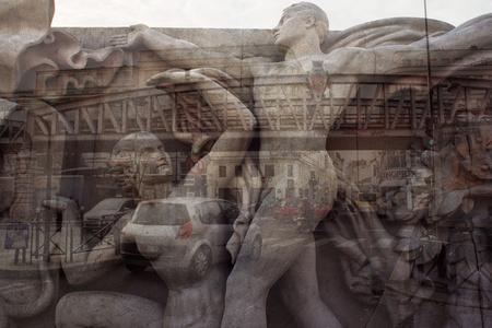 My own Rave. Parigi (scultura + ponte)