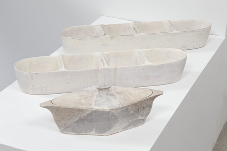 Lidded Diamond Server, Large Partitioned Trough (white stripes), Large Partitioned Trough