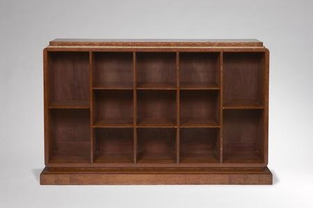 """Bookshelf variant of the """"Davene""""model"""