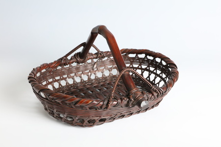 Fruit Basket in the Form of a Japanese Gold Coin (T-4284)