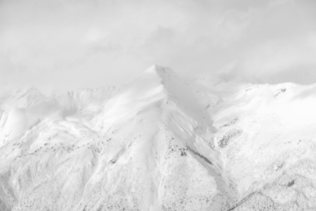 White Mountain (Series: Articulated Silence)