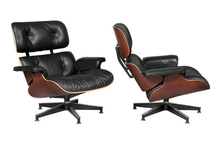 Pair of Charles and Ray Eames Mahogany 670 Lounge Chairs, For Herman Miller